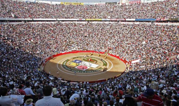 bullfight-mexico-01_m.jpg