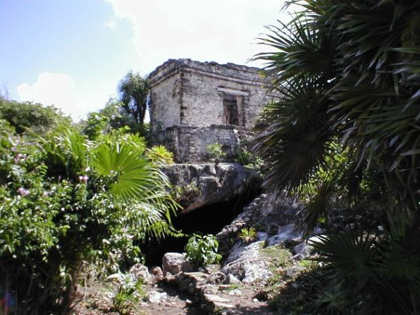 tulum_casa_del_cenote_entrance